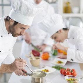Bewerbung als koch berzeugen sie mit qualit t for Koch gehalt ausbildung
